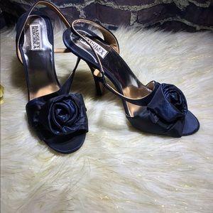 *Badgley Mischka* satin rosette heels 10M